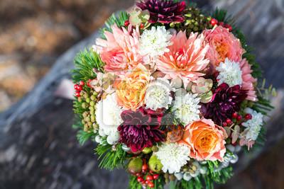 Trendige Floristik Fur Eine Herbstliche Hochzeit Brautstrauss