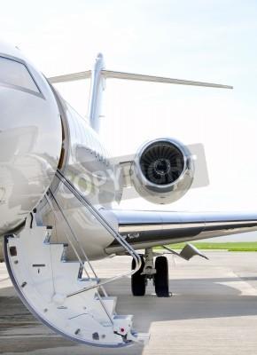 Fototapete Treppen mit Jet-Engine auf einem modernen Jet airplane - Bombardier Global Express