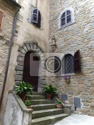 Treppen Und Turen In Das Alte Haus In Der Toskana Fototapete