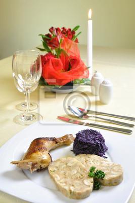Tschechische Huhn Mit Karlsbader Knodel Tschechische Kuche
