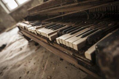 Fototapete Tschernobyl - close-up von einem alten Klavier