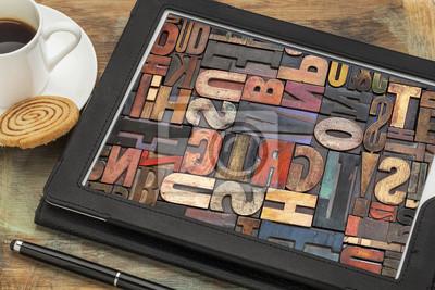 Typografie-Konzept auf digitalen Tablette
