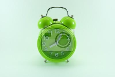 Uhr und achten Sie auf die Morgen-Alarm.