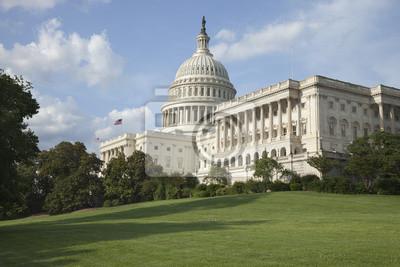 US Capitol Gebäude an einem sonnigen Nachmittag