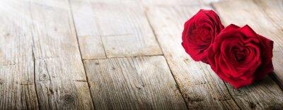 Fototapete Valentinsgruß-Karte - Sonnenlicht auf zwei Rosen in der Liebe