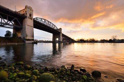 Fototapete Vancouvers historische Burrard Brücke bei Winter Sonnenuntergang
