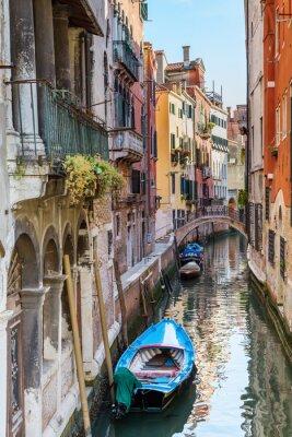 Fototapete Venice. Urban canal