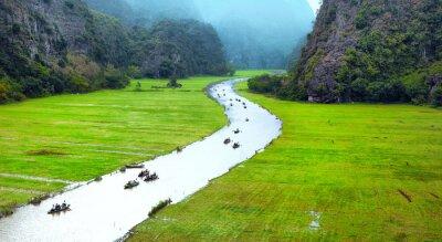 Fototapete Vietnam Reise Landschaft. Twisted River und Berge von Tam Coc Ninh Binh