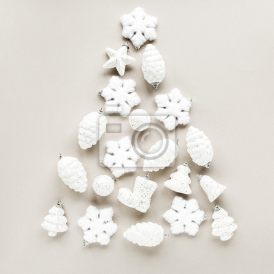 Vorlage von weißen weihnachtsschmuck weihnachten glas weiße kugeln ...