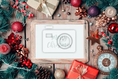 Fotorahmen Weihnachten.Fototapete Weihnachten Fotorahmen Mock Up Vorlage Mit Dekoration Auf Holztisch
