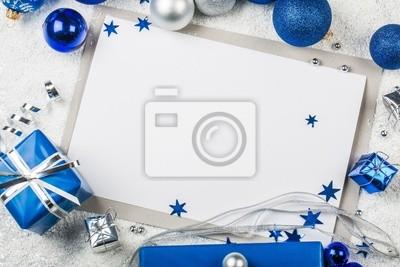 Weihnachtskarte mit Dekorationen