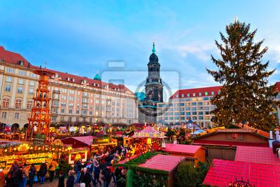Deutschland Weihnachtsmarkt.Fototapete Weihnachtsmarkt In Dresden Deutschland