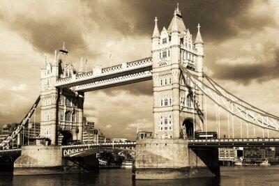Fototapete Weinlese-Blick auf die Tower Bridge, London. Sepia getönten.