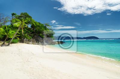 Fototapete Weißer Sandstrand. Malcapuya Island, Philippinen