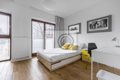 Fototapete: Weißes schlafzimmer mit bett und schreibtisch