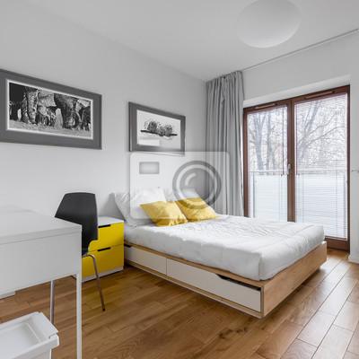 Weißes schlafzimmer mit bett und schreibtisch fototapete ...