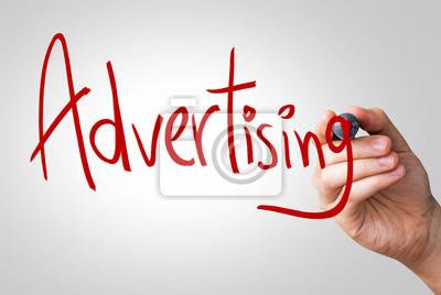 Werbung Hand schriftlich mit einer roten Markierung auf einem transparenten Bord