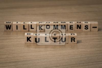 Willkommenskultur in Holzwürfel