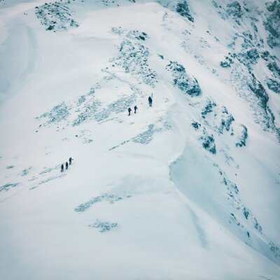 Fototapete Winterlandschaft der hohen schneebedeckten Berge