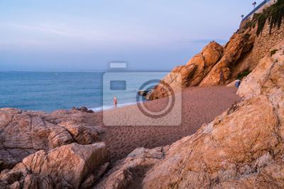 Sonnenaufgang Am Strand Von Calella In Der Nahe Von Barcelona