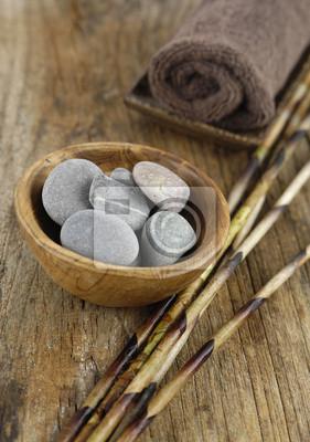 Steine In Der Schussel Handtuch Trockene Bambushain Auf Altem