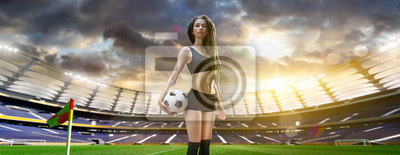 Yong sexy woman Spieler in Fußball-Stadion