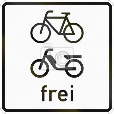 Zusätzliche Straßenschild in Deutschland verwendet - Zyklen und Mopeds frei