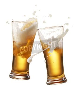 Fototapete Zwei Gläser Bier Toasting erstellen Spritzer