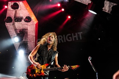 Poster 24. April 2010 - Moskau, Russland - amerikanische Rockband Metallica live beim Olimpiysky Stadion.