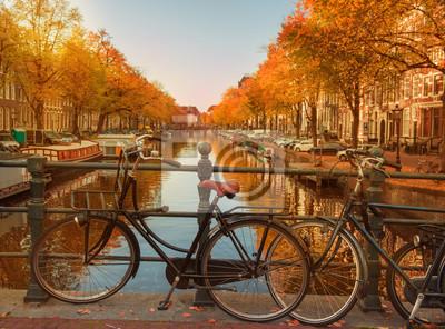 Abend über Amsterdamer Grachten