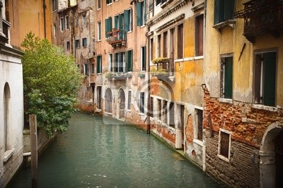 Alte Gebäude auf Kanal in Venedig