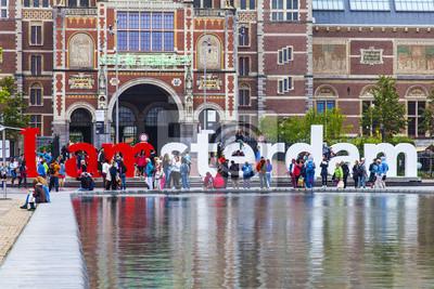 Amsterdam, Niederlande. Der Platz vor der Staatsmuseum