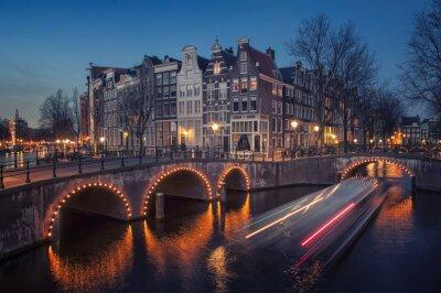 Amsterdam, Niederlande Kanäle. Nachtansicht der Keizersgracht