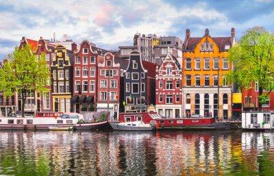 Poster Amsterdam Niederlande tanzen Häuser über Fluss Amstel Wahrzeichen