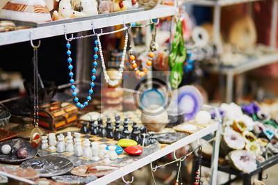 Auswahl der Bijouterie auf marokkanischen Markt