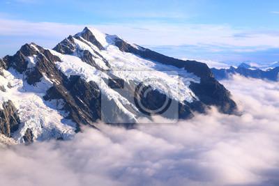 Berg Cook Berggipfel mit Nebel Landschaft aus Helicopter, New Zeal