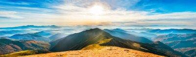 Poster Berglandschaft bei Sonnenuntergang