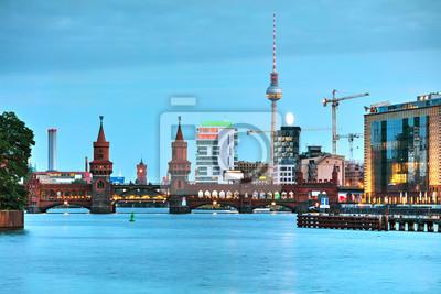 Berlin Stadtbild mit Oberbaum Brücke