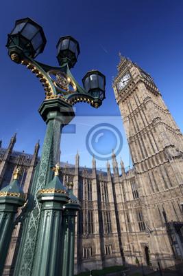 Big Ben mit Lampe in London, UK