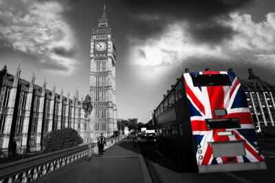 Big Ben mit Stadtbus in London, UK