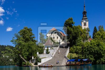 Bled Insel mit ihren steilen Treppe, Bled See, Slowenien.