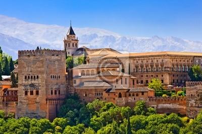 Blick auf Alhambra bei Sonnenuntergang, Granada, Spanien
