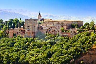 Blick auf die Alhambra bei Sonnenuntergang