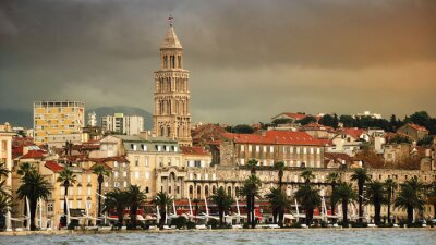 Blick auf Split-Küste, Kroatien mit schweren Himmel