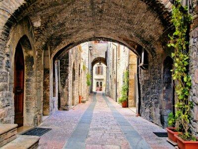 Poster Bogen mittelalterlichen Straße in der Stadt Assisi, Italien