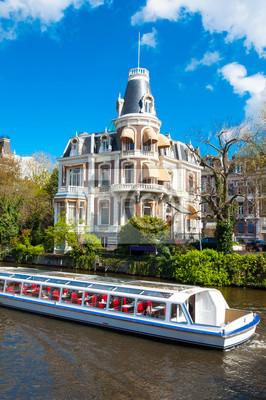Bootsfahrt auf Amsterdam Singelgrachtkering Canal, die Niederlande.