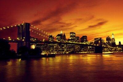 Poster Brooklyn Bridge und Manhattan bei Sonnenuntergang, New York