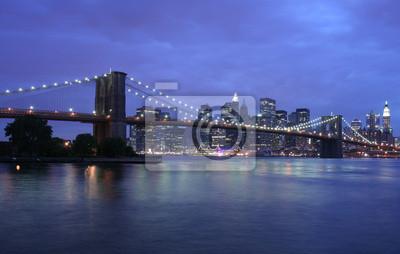 Poster Brooklyn-Brücke in New York in der Dämmerung
