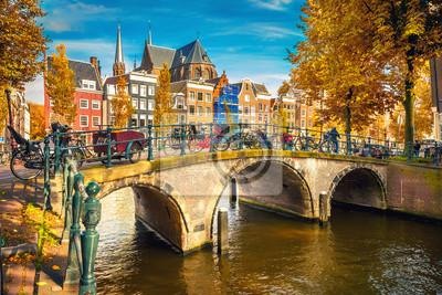 Poster Brücken über Kanäle in Amsterdam im Herbst