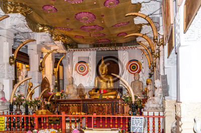 Buddha-Statue in Kandy Tempel